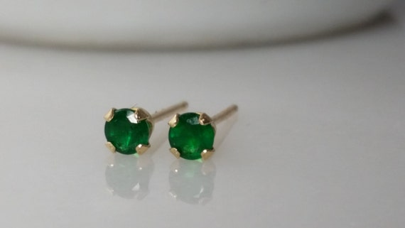Tiny 14K A Grade Green Emerald Gemstone Stud Earrings - May Birthstone Earrings- 3mm Emerald Studs