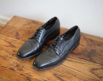 Vintage Black Leather Florsheim Mens Dress Shoes size 8 1/2