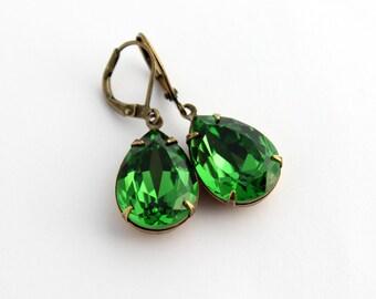 Swarovski Fern Green earrings, Swarovski earrings, green earrings, teardrop earrings, Kelly green earrings, spring wedding earrings  SFG07