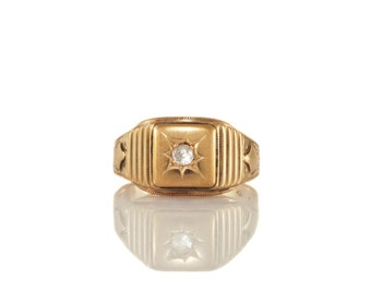 Vintage Mens Diamond and Gold Ring