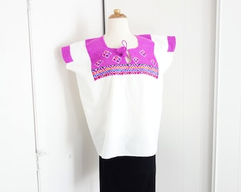 Vintage 1970s Cotton Hand Embroidered Mexican Fiesta Peasant Blouse Oaxacan Shirt TOP