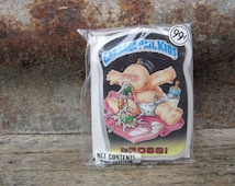 Vintage Garbage Pail Kids GROSS! gpk Card Button Pin Back Plastic Card Topps 1986 Unopened Gag Gift Party 80s GPK Collectible 1980s VTG