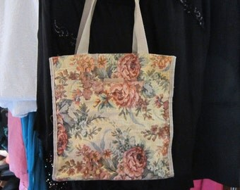 Vintage Floral Tapestry Bag with Zip Purse