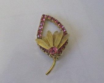 Gold leaf brooch.  Vintage.  Pink rhinestones.