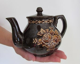 Teapot vintage brown with flowers small size made in Japan