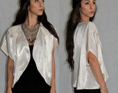 Texture Shoulder Satin Bolero