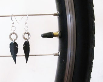 Presta Feather Earrings - Recycled Jewelry - handmade - bike - black - bicycle