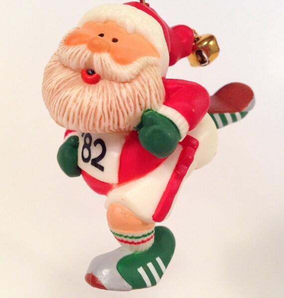 Hallmark JOGGING SANTA Ornament Vintage 1982 Running Marathon    Santa Jogging