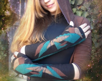 Alpha Arm Warmers: Fingerless Gloves. Wool Handwarmers lined with Bamboo - Organic Cotton. Decorated with One-of-a-Kind Applique.