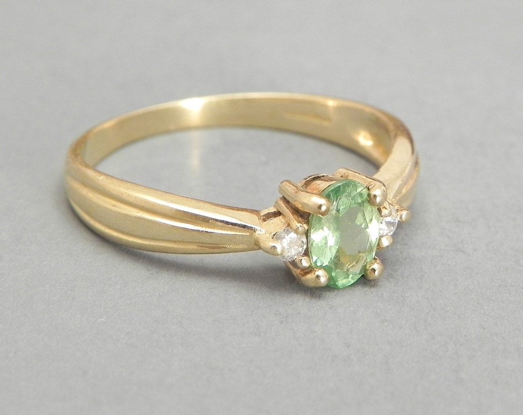 Hiddenite And Diamond Ring Vintage Gold Ring Set In 9K Gold Green Gemstone Ri