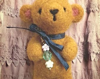 """Teddy bear 3,5"""" beige needle felted"""