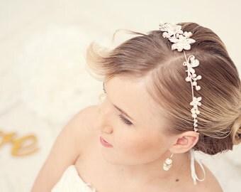 Pearl tiara,  ivory silver tiara, Bridal tiara, Bridal hair accessories, Wedding tiara, Wedding flower crown, Pearl Headpiece, Headband