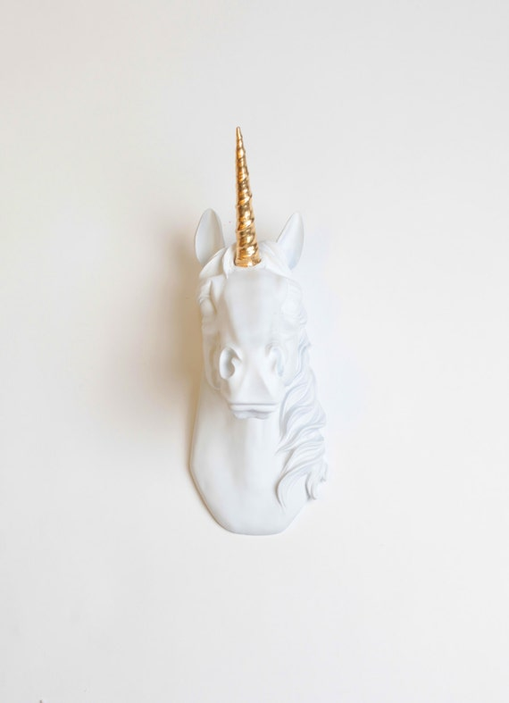 Le blanc de t te de licorne bayer w or alicorn taxidermie for Decoration murale licorne