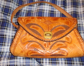 Vintage small hand tooled leather handbag purse*