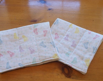 Burp Cloths Set of 2 Gender Neutral Unisex Baby Footprints Flannel Burp Cloths Baby Shower Gift Nursery Gift New Mom Present Baby Burpies