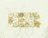 17 Unused Antique Mother of Pearl Buttons on Original Card / French Vintage Sewing / Haberdashery / Craft Supplies / French Country Decor