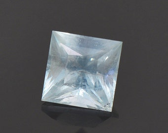 Stunning Icy Blue Aquamarine Gemstone from Colorado 0.66 cts.