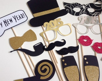 2016 Now Available New Years Photo Booth Props . New Years Eve . Glitter . Metallic . Silver . Gold . Set of 18