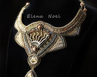 The mystery of Time - Embroidered beaded necklace with Ammonites