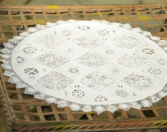 Vintage English Handmade White Fabric and Crochet Lace Round Table Mat 12in (32cm)