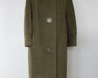 Vintage 1960s Women's Single Breasted Green Wool Coat with Fur Collar
