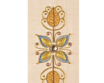 PDF download - SUMMERS GLOW Goldwork panel