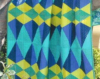 """Pattern """"Euclid Avenue"""" paper quilt pattern by Sassafras Lane Designs (SASSLN0014)"""