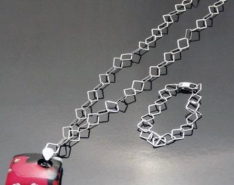 Venetian Glass Pendant on Sterling Silver Diamond Shape Chain