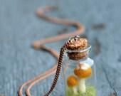 Toadstool Terrarium Pendant - Felted Mushroom Pendant - Nature Jewelry - Nature Lover Gift - Botanical Necklace - Elf Jewelry