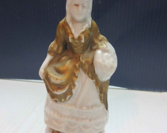 Vintage Victorian Woman Figurine Made In Japan