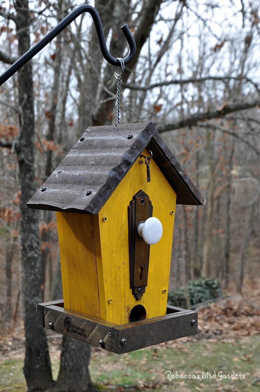 Rustic Bird Feeder The Cafe