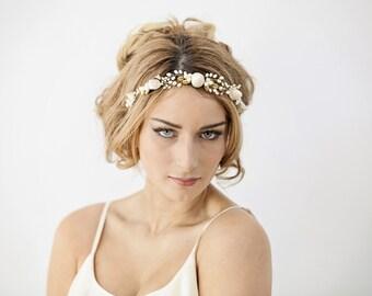 Mermaid wedding headband, beach bride hairpiece, seashell bridal headband, beach wedding hair piece