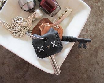 Meow! Couvre-clé en tannage végétal cuir - Set de 3 / Set de 6 / personnalisé / fabriqués à la main et cousu à la main