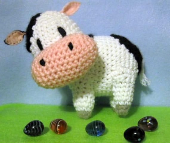 Amigurumi Pattern Little Cows : Daisy the Cow Amigurumi Pattern