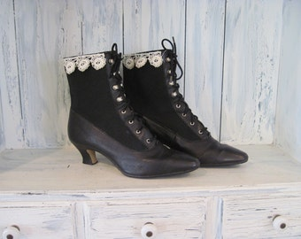 Black leather vintage size 7 women boots,upcycled granny vintage boots, black leather granny boots, womens boho kitten heel ankle half boots