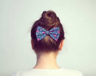Blue Hair Bow Clip. Vintage Fabric Floral Hair Bow Barrette or Floral Bow Elastic Tie.