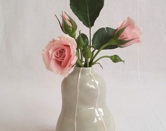 Short handmade bud vase. Red, black, and gray ceramic vase. Wedding and table decorations. Modern pottery flower vase