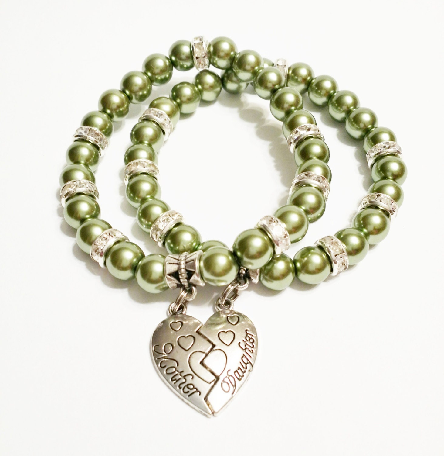 Mothers Charm Bracelet: Green Mother Daughter Jewelry / Mother By VickysLittleSecrets