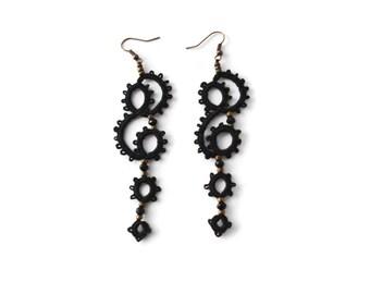 Black tatted lace earrings//long lace earrings//beaded earrings//Tatted jewelry//Dangle earrings//Statement earrings