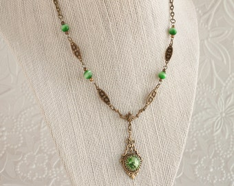 Peridot Green Necklace, Peridot Swarovski Crystal Necklace, Brass Necklace, Art Deco Necklace, Swarovski Crystal Jewelry, Gift For Her