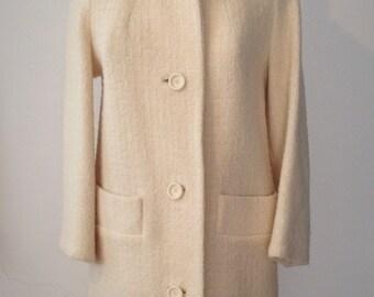 XS-S | 1960s White Tweed Coat