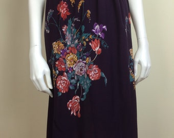 deep plum purple skirt w/ floral print & belt