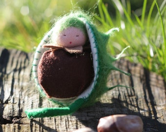 Chestnut - waldorf tree gnome - sewn from wool felt