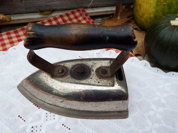 Early Electric Irons ~ Antique westinghouse electric iron type la early old