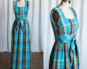 Summer in Airlie dress | vintage 70s dress | Swirl 1970s maxi dress | plaid seersucker summer dress | teal blue cotton sleeveless 70s maxi