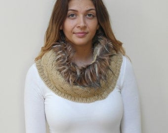 Free shipping in USA- Cold Weather Beige Tube Knit Scarf with Faux Fur Top / Women's winter fur tube knit scarf/ gift for her