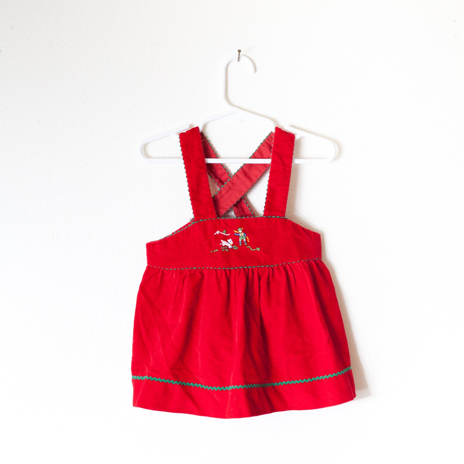 Biscotti Dresses has done an amazing collection for this Season. As always, Biscotti Dresses is girls' fashion at its very best! Biscotti Dresses are selling fast, so do not delay in placing your order.