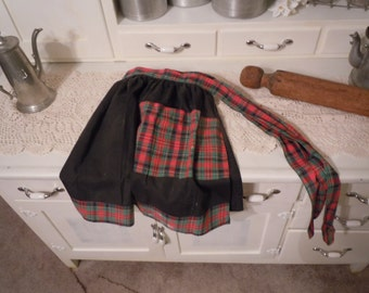 177 -Vintage Half Apron -Black with Red & Green Plaid
