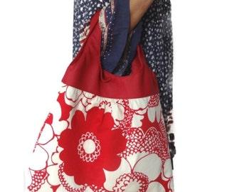 Floral Handbag, Red Tote Bag, Red Shoulder Bag, Vinyl Handle Bag, Leather Look Handle Red and White Bag, Slouch Bag, Hobo Bag