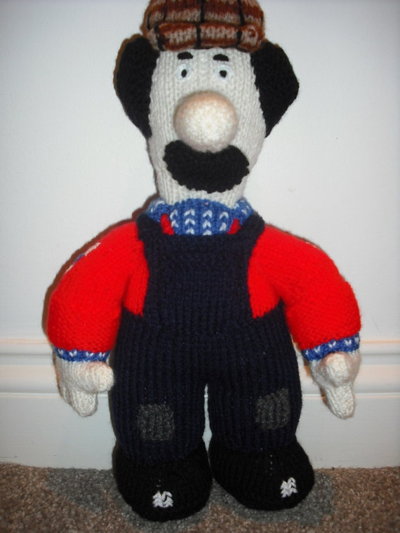 Easy Knitted Headband Free Pattern : Ted Glen Knitted Toy from Postman Pat made from an Alan